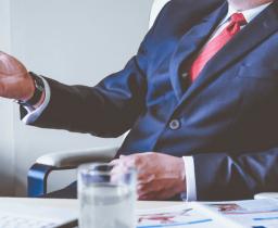 Защита бизнеса при обысках и выемках документов