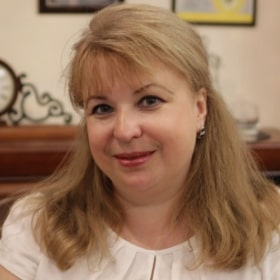 Костюченко Елена