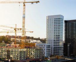 Будівництво в Україні 2021: рестарт реформи дозвільних та реєстраційних функцій у будівництві, ліцензуванні, здійсненні архітектурно-будівельного контролю та нагляду.